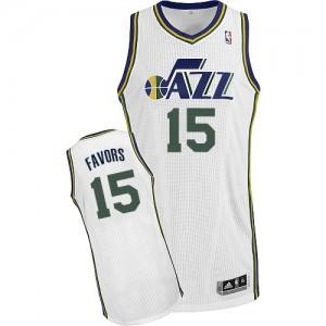 Maillot NBA Utah Jazz #15 Derrick Favors Blanc Adidas Authentic Home - Homme