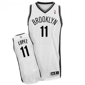 Brooklyn Nets #11 Adidas Home Blanc Authentic Maillot d'équipe de NBA à vendre - Brook Lopez pour Homme