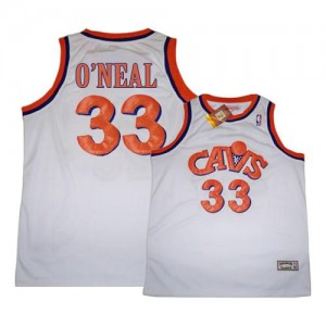 Maillot NBA Cleveland Cavaliers #33 Shaquille O'Neal Blanc Mitchell and Ness Swingman CAVS Throwback - Homme