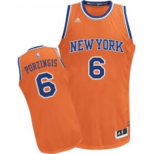 New York Knicks #6 Adidas Alternate Orange Swingman Maillot d'équipe de NBA Le meilleur cadeau - Kristaps Porzingis pour Homme