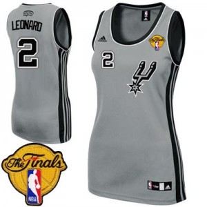 Maillot Adidas Gris argenté Alternate Finals Patch Authentic San Antonio Spurs - Kawhi Leonard #2 - Femme