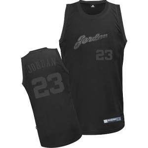 Maillot Adidas Tout noir Authentic Chicago Bulls - Michael Jordan #23 - Homme