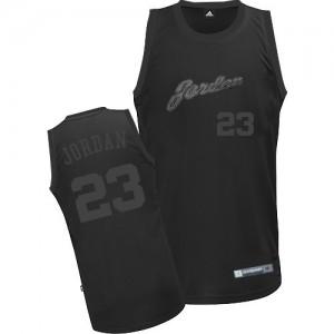 Maillot Adidas Tout noir Authentic Chicago Bulls - Michael Jordan #23 - Homme