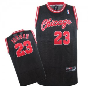 Maillot NBA Chicago Bulls #23 Michael Jordan Noir Nike Swingman Crabbed Typeface Throwback - Homme