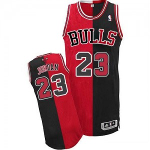 Chicago Bulls Michael Jordan #23 Split Fashion Authentic Maillot d'équipe de NBA - Noir Rouge pour Homme