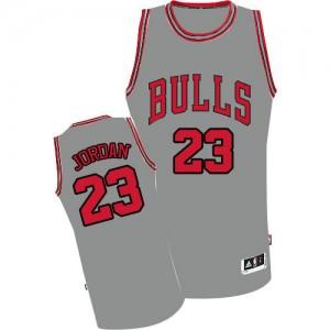 Chicago Bulls Michael Jordan #23 Authentic Maillot d'équipe de NBA - Gris pour Homme