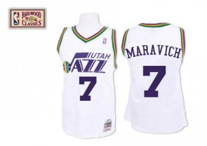 Utah Jazz Mitchell and Ness Pete Maravich #7 Throwback Authentic Maillot d'équipe de NBA - Blanc pour Homme