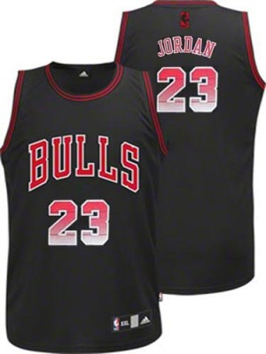 Maillot Adidas Noir Vibe Authentic Chicago Bulls - Michael Jordan #23 - Homme