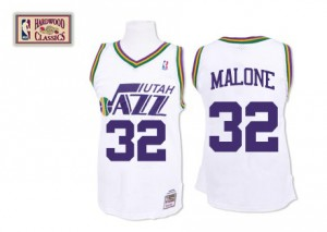Utah Jazz #32 Mitchell and Ness Throwback Blanc Swingman Maillot d'équipe de NBA sortie magasin - Karl Malone pour Homme