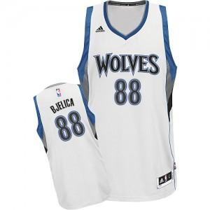 Minnesota Timberwolves #88 Adidas Home Blanc Swingman Maillot d'équipe de NBA Discount - Nemanja Bjelica pour Homme