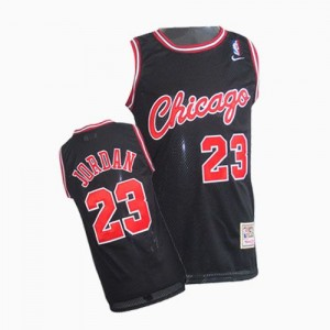 Maillot NBA Chicago Bulls #23 Michael Jordan Noir Nike Swingman Throwback - Homme