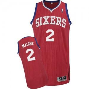Philadelphia 76ers Moses Malone #2 Road Authentic Maillot d'équipe de NBA - Rouge pour Homme