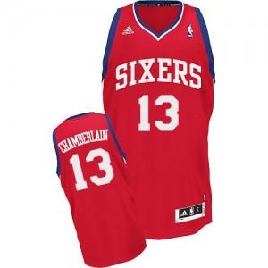 Maillot NBA Swingman Wilt Chamberlain #13 Philadelphia 76ers Road Rouge - Homme