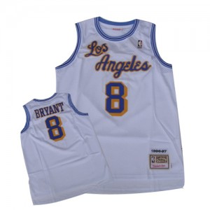 Maillot NBA Los Angeles Lakers #8 Kobe Bryant Blanc Mitchell and Ness Authentic Throwback - Homme