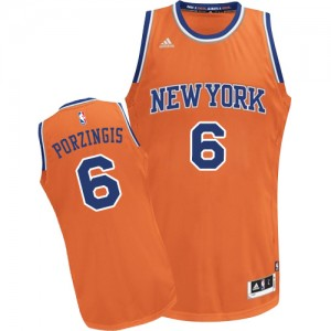 New York Knicks #6 Adidas Alternate Orange Swingman Maillot d'équipe de NBA Le meilleur cadeau - Kristaps Porzingis pour Homme