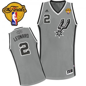 San Antonio Spurs Kawhi Leonard #2 Alternate Finals Patch Swingman Maillot d'équipe de NBA - Gris argenté pour Enfants