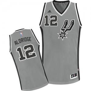 San Antonio Spurs LaMarcus Aldridge #12 Alternate Swingman Maillot d'équipe de NBA - Gris argenté pour Enfants