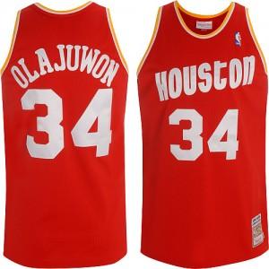 Houston Rockets Mitchell and Ness Hakeem Olajuwon #34 Throwback Swingman Maillot d'équipe de NBA - Rouge pour Homme