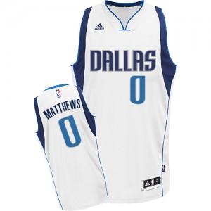 Dallas Mavericks Wesley Matthews #0 Home Swingman Maillot d'équipe de NBA - Blanc pour Homme