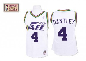 Maillot NBA Utah Jazz #4 Adrian Dantley Blanc Mitchell and Ness Swingman Throwback - Homme