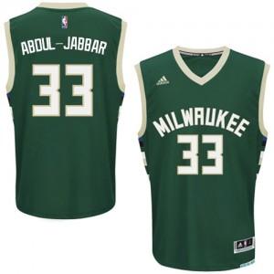 Maillot NBA Milwaukee Bucks #33 Kareem Abdul-Jabbar Vert Adidas Swingman Road - Homme