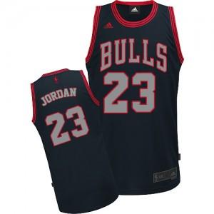 Chicago Bulls Michael Jordan #23 Graystone Fashion Swingman Maillot d'équipe de NBA - Noir pour Homme