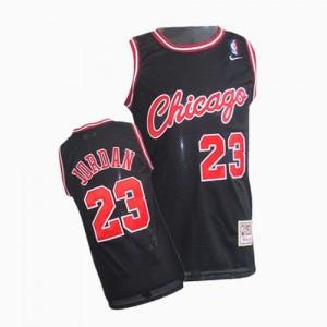 Maillot NBA Authentic Michael Jordan #23 Chicago Bulls Throwback Noir - Homme